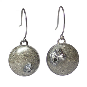 Lagoon Earrings - Grey Sand