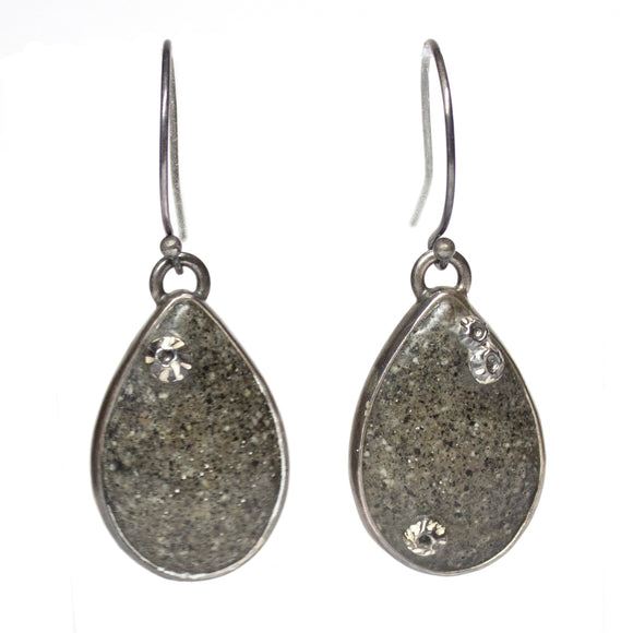 Teardrop Earrings - Dark Grey Sand