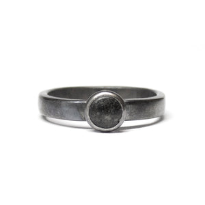 Sand Dot Ring - Black Sand - Size 7