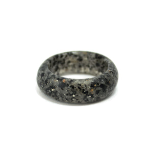 Sand Band Ring - Speckled Grey Sand