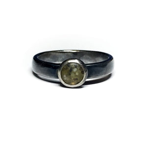 Sand Dot Ring - Green - Size 5.5