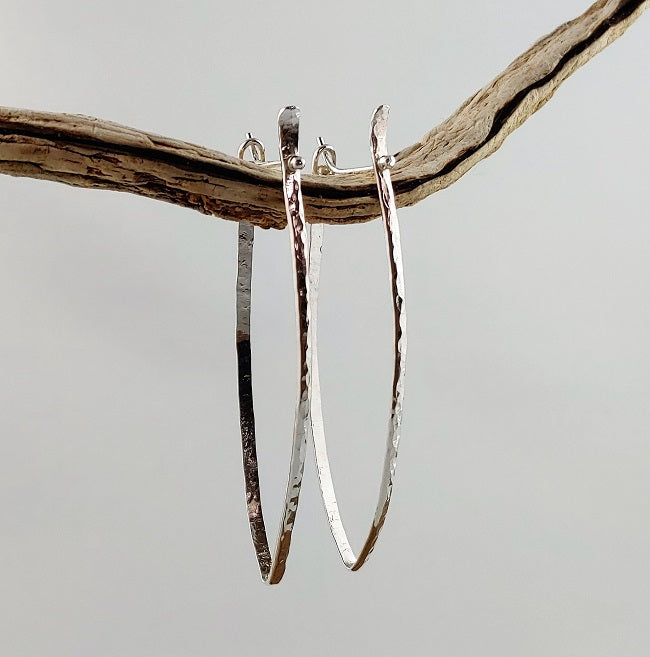 Long hammered shield hoops