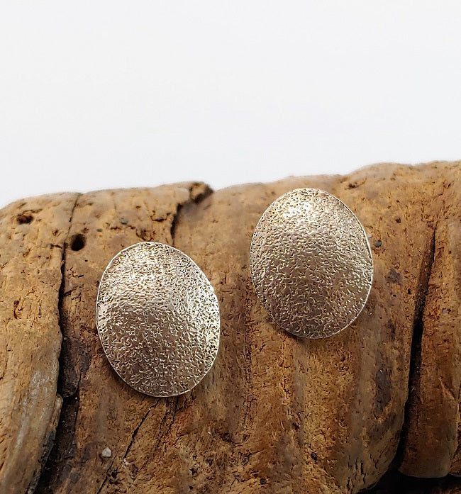 Textured oval studs
