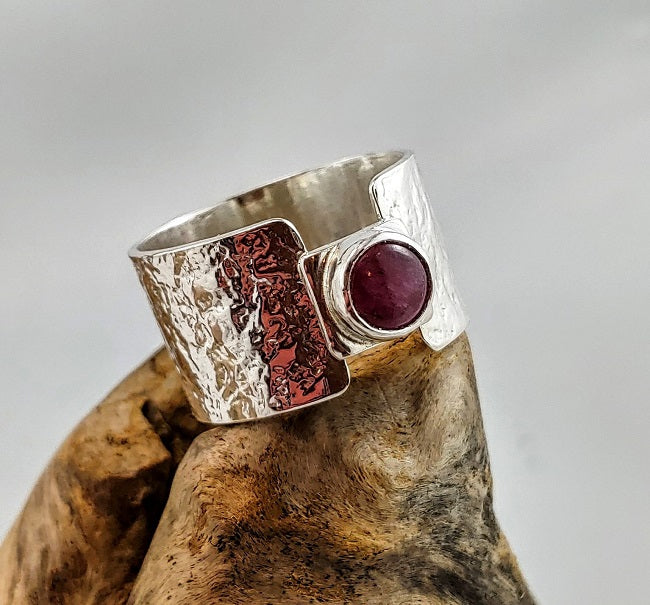 Wide band ring - Pink Tourmaline