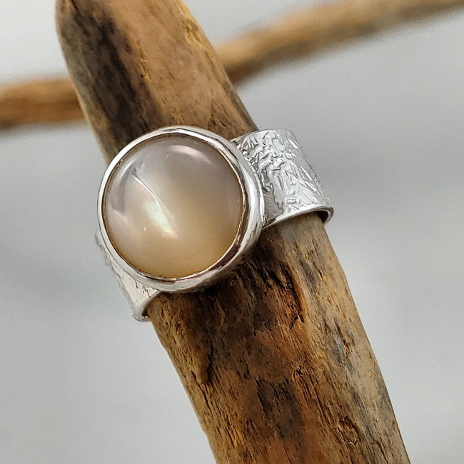 Band ring - Mother of Pearl