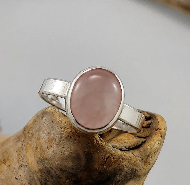 Plain silver band ring with Pink Beryl stone