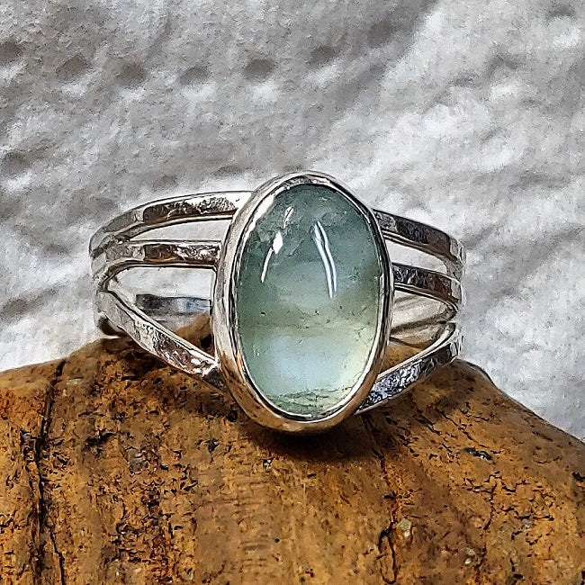 Freeform silver ring with 8x12mm Blue/Green Beryl Aquamarine
