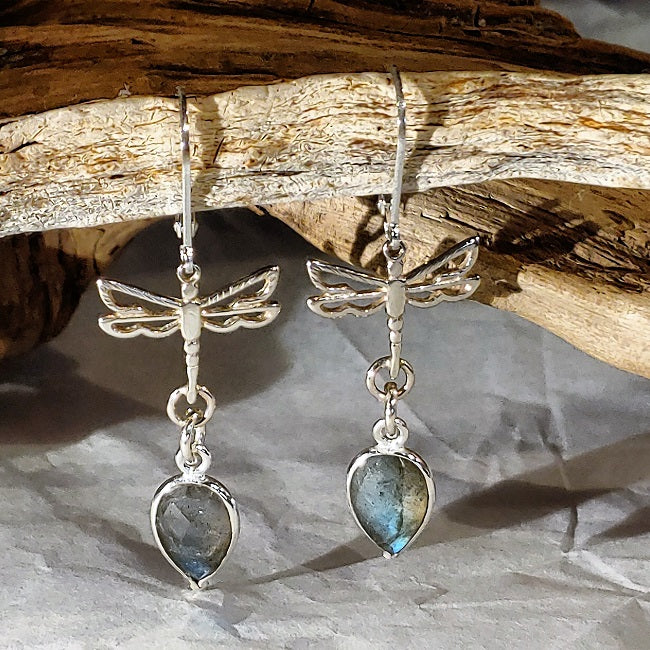 Dragonfly earrings with faceted Labradorite