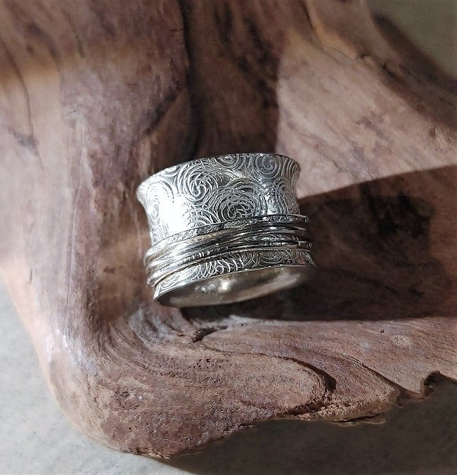 Meditation ring - stamped spirals