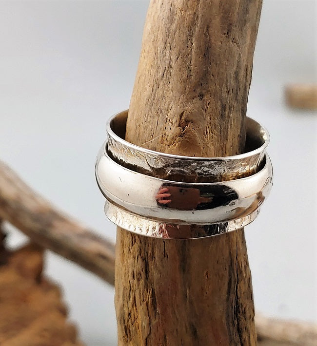 Meditation ring -Silver on silver