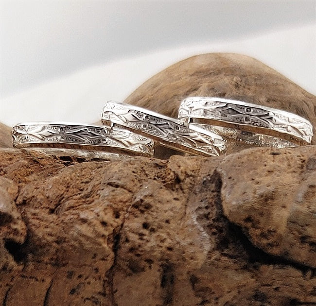 Patterned silver band rings - 3mm wide