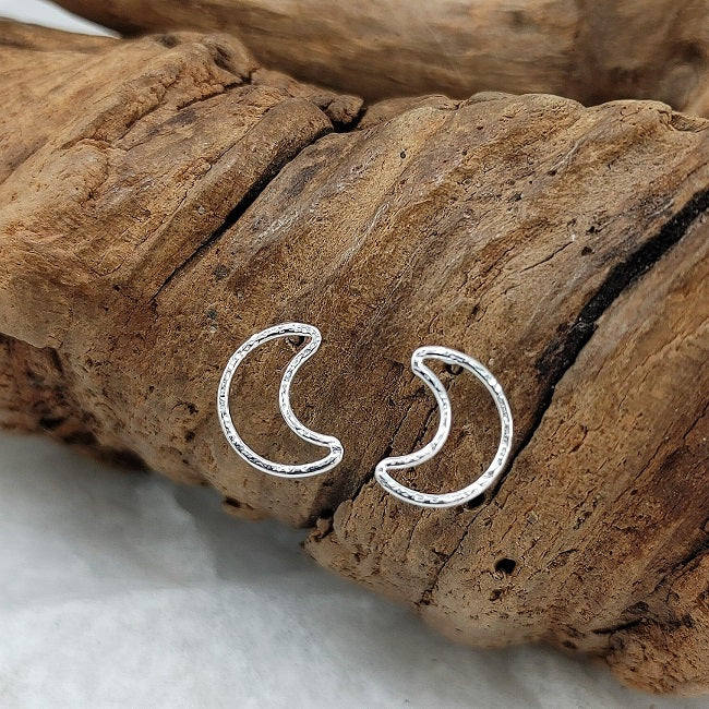 Crescent moon studs - 10mm