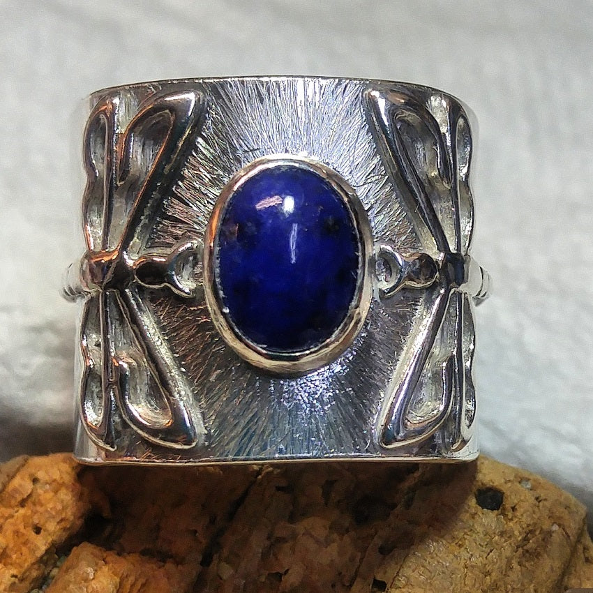 Wide band double dragonfly ring with 9 x 7mm Lapis Lazuli