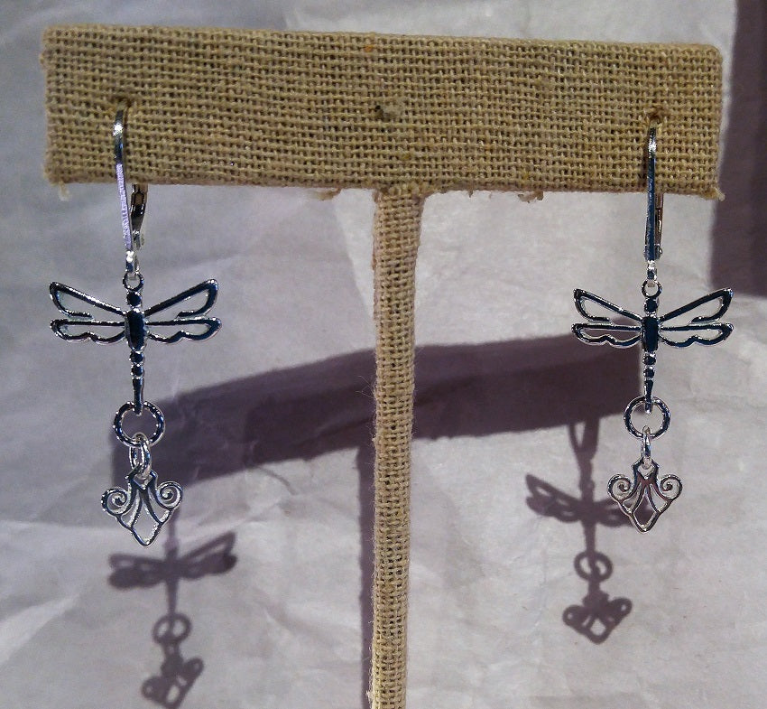 Dragonfly earrings with filigree dangle