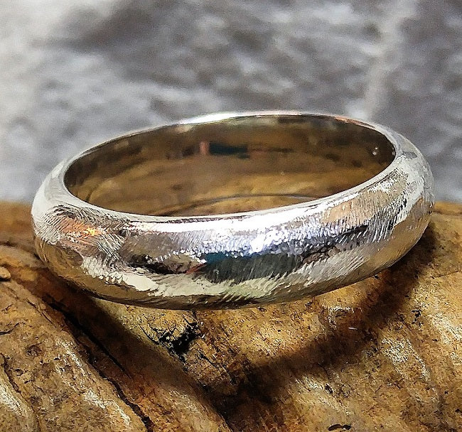 Heavy textured band ring