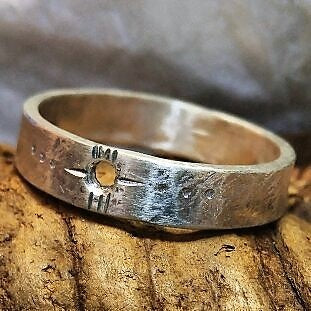Flat sterling band ring