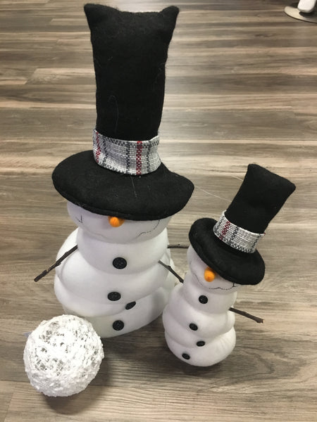 Frosty Snomes with Black Top Hat