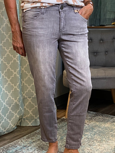 Democracy Lexie Light Grey Wash Jeans