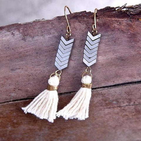Vintage Cowgirl Stone Tassel Earrings - Cowgirl Vibes