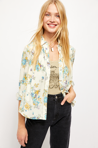 Hold On To Me Printed Blouse