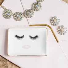 Load image into Gallery viewer, Lashes and Lips Jewelry Dish