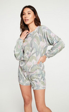 Load image into Gallery viewer, Magnolia Print Pullover