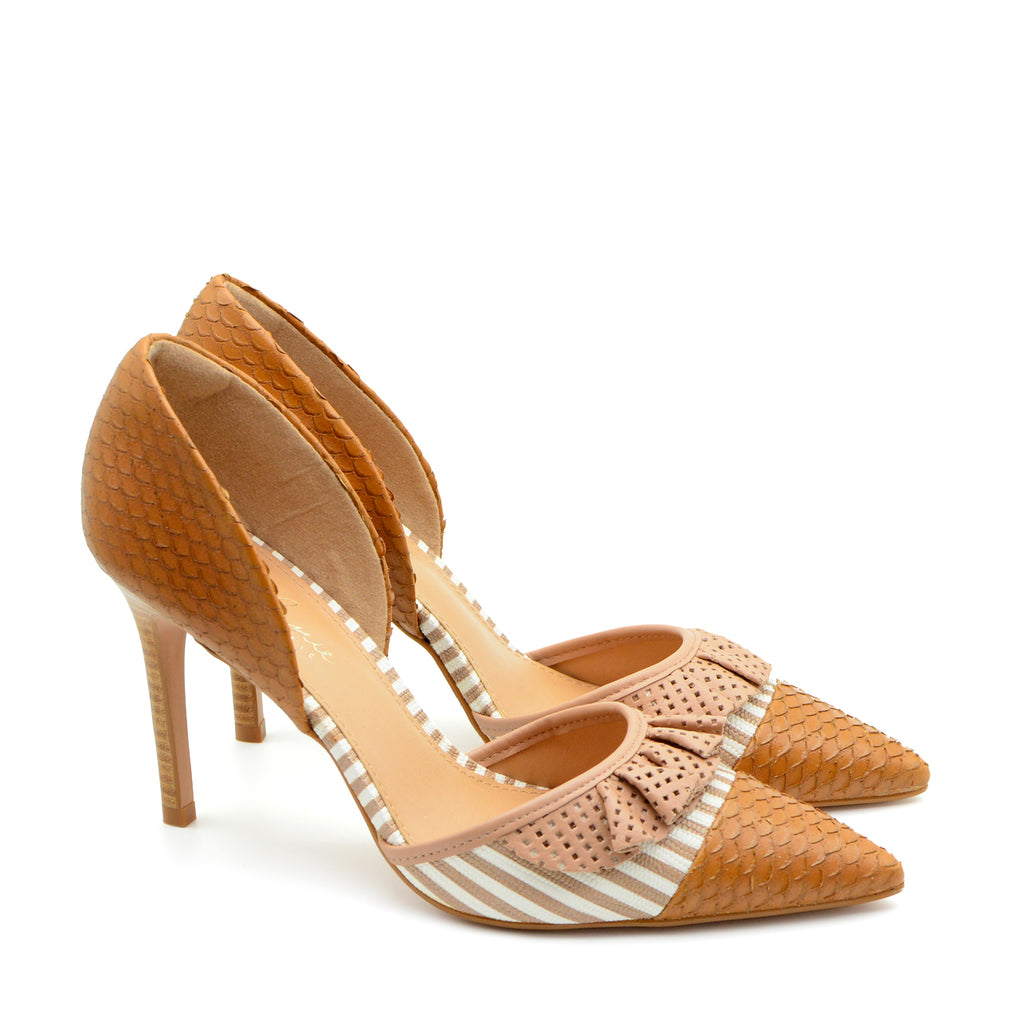 Kesia Pointed Heeled Court Shoes in Tan
