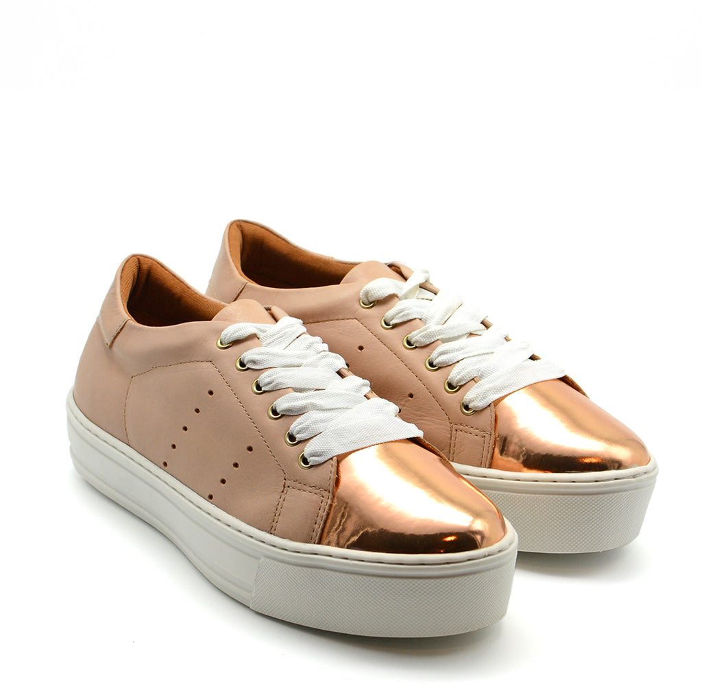 Dona Runner Sneaker in Blush & Gold