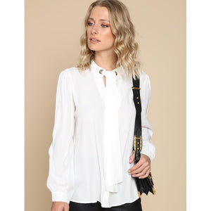 Dora Neck Lace White Top