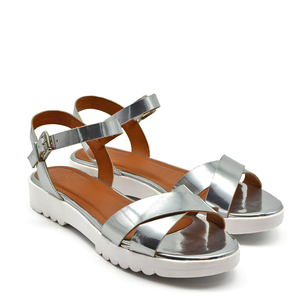 Janara Chunky Jelly Flat Sandals in Mirror Silver