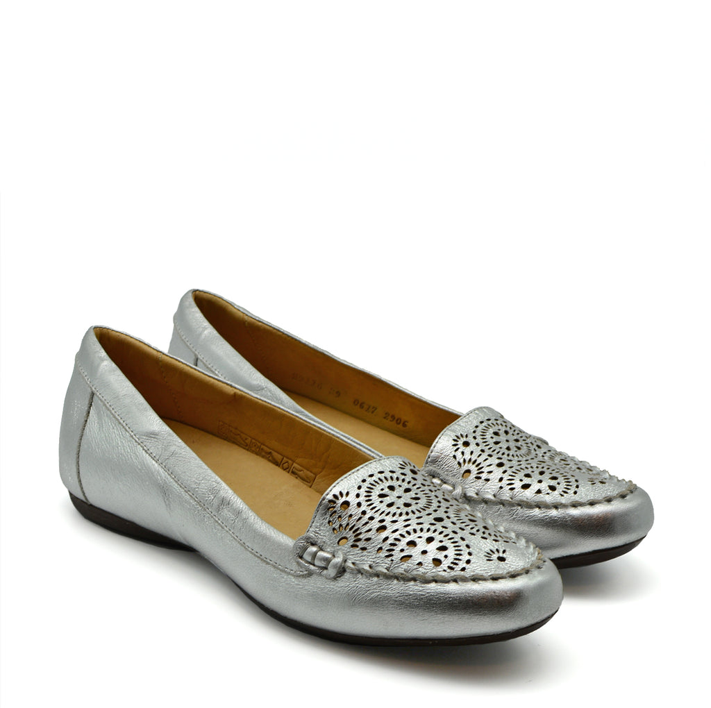 Clara Ballet Flat Shoes in Silver