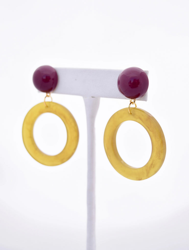 Ashley Yellow Circle Resin Pendant and Maroon Stud