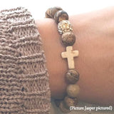 close-up of the Natural Stone 'Thou Art With Me' Brown Woodsy Picture Jasper on Model's Wrist