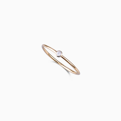 Zircon Ring – Gold