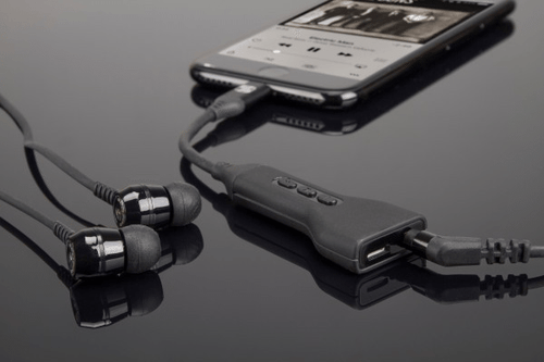 Scosche iPhone 7 StrikeLine Headphone Adaptor with Charge Port