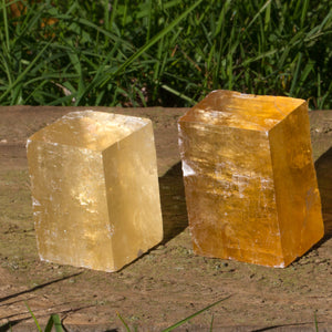 Optical Honey Calcite