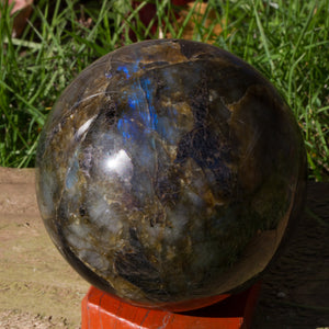 94mm Labradorite Sphere (Stand optional)