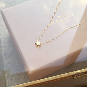 Little Star Necklace . Gold