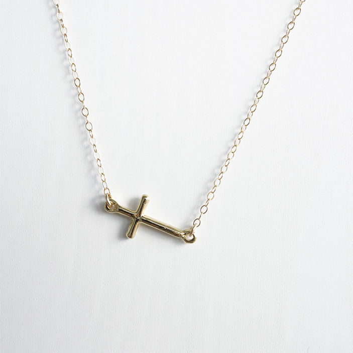 gold cross necklace shazoey