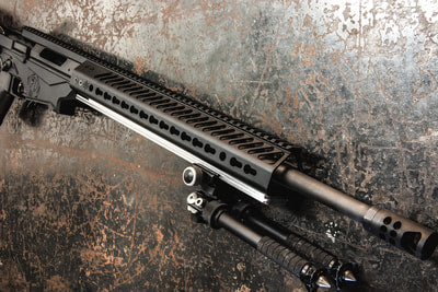 "SAWTOOTH RIFLES FOREND RAIL: SEEKINS 15"" SP3R"