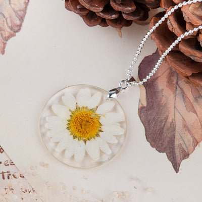 Daisy Dried Flower Boho Ball Chain Transparent Resin Necklace