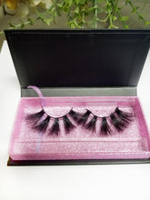 Load image into Gallery viewer, Love Me Mink Lashes (5D)