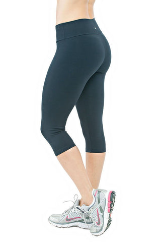 TRAILLINE Fully Black Gym Capri