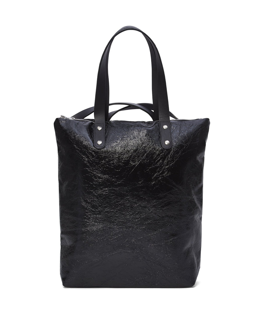 BLACK CRINKLE PATENT ROBYN BACKPACK