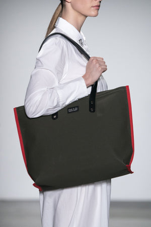 S2D1 SMALL BLACK CANVAS TOTE - Poli & Jo