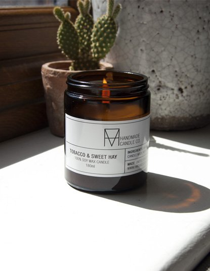 Soy wax candle - Tobacco and Sweet Hay