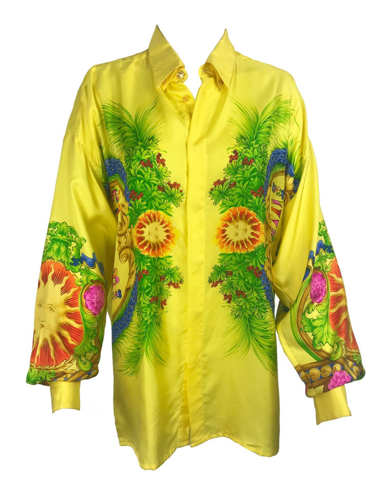 FRUIT Vintage rare Gianni Versace Miami Print Silk Shirt from the famous Spring/Summer 1993 Miami collection. This shirt is one of the most important Versace pieces ever released.