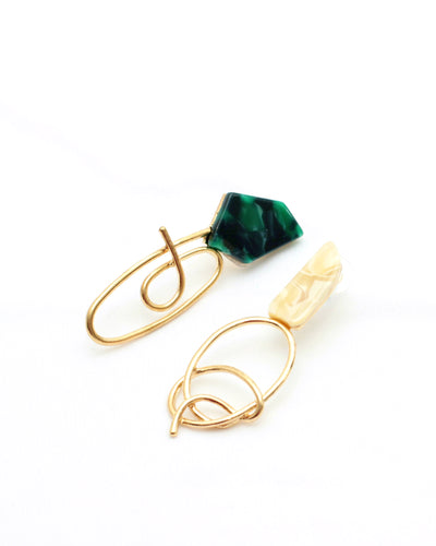 Pretty Twisted Green Earrings