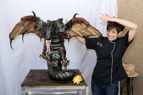 Natalie's favorit 3D dragon cake with a 4 foot wingspan