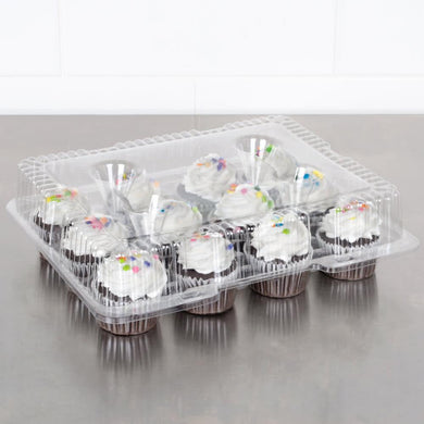 Keep your cupcakes and muffins fresh and transport them safely with this 12 count clear cupcake holder with hinged lid.